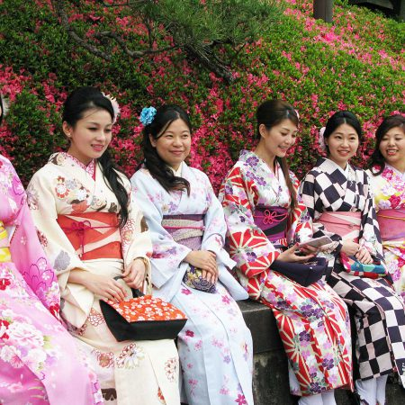 Tourists dressed in rental kimono
