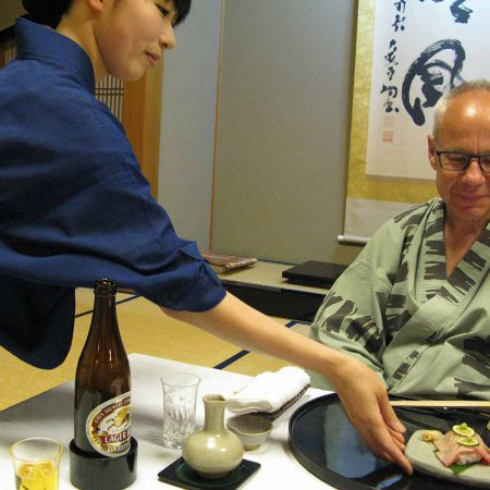 Vollendeter Service im Ryokan