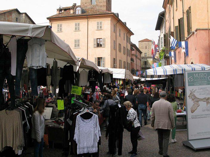 Markttag in Alba