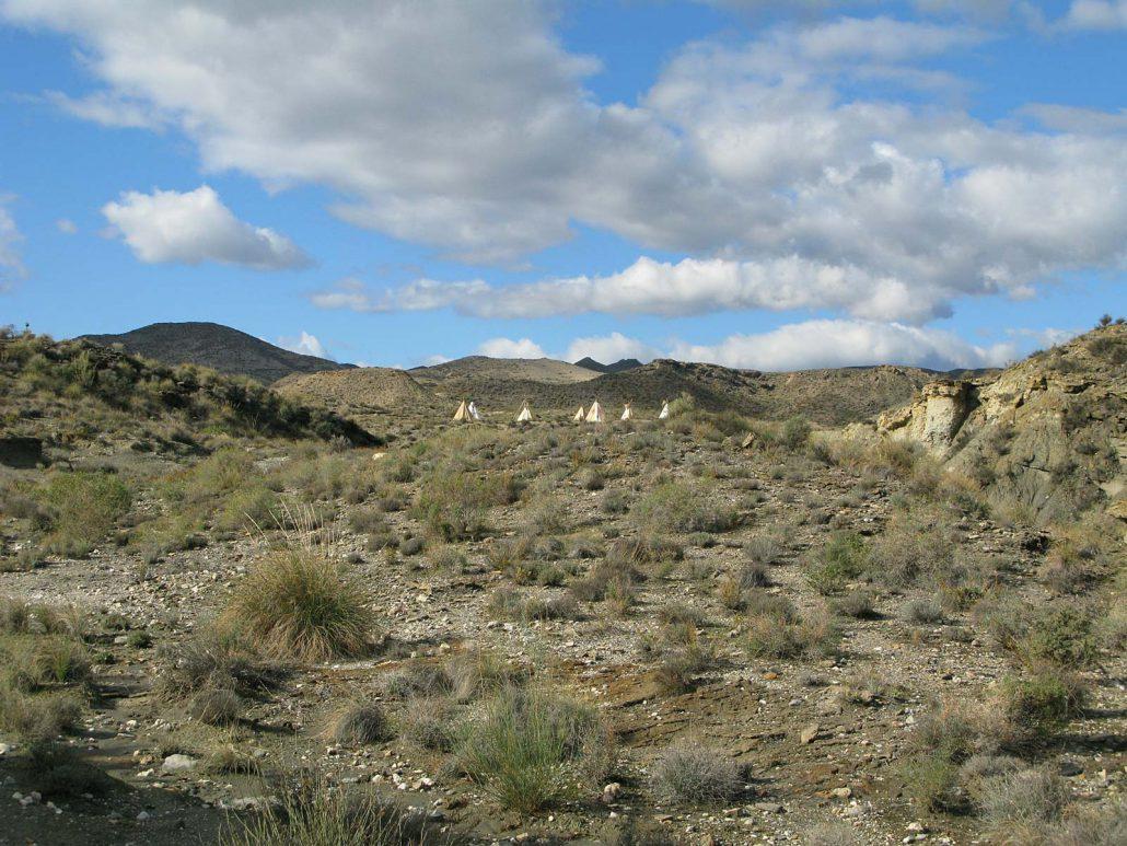 Indianertipis im Freizeitpark Texas Hollywood/Fort Bravo in der Provinz Almería in Spanien