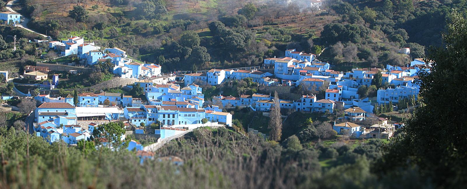 The Smurf blue village Júzcar from a distance