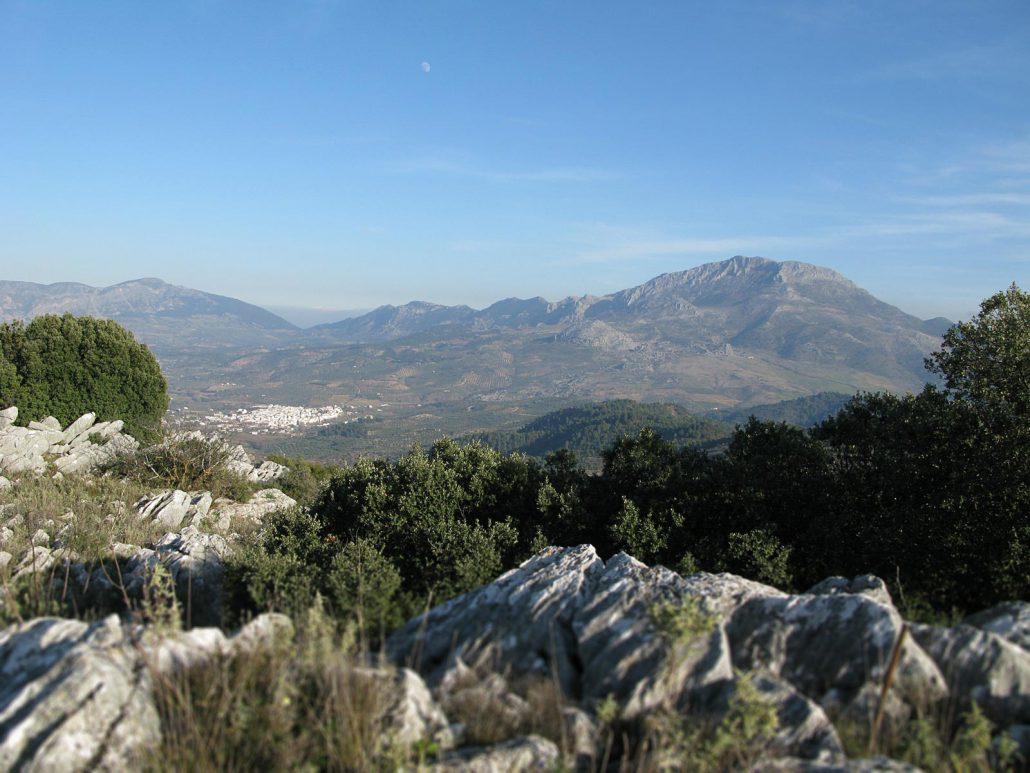 Blick über die Berglandschaft von Nieves