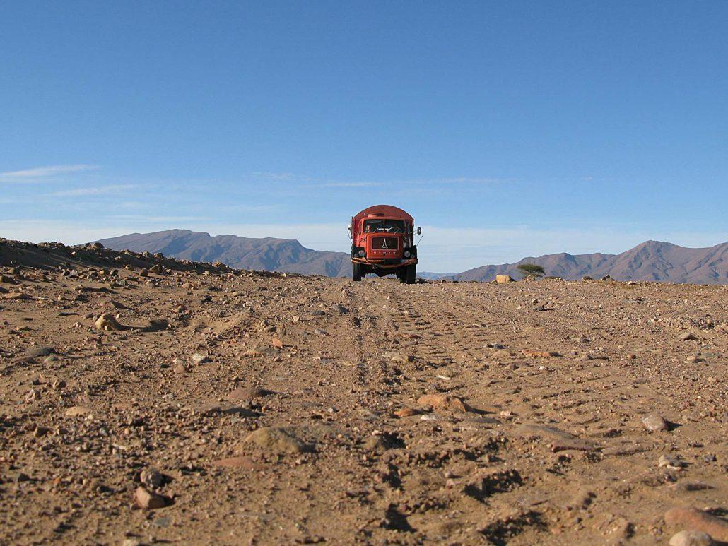 Die Feuerwehr in der Wüste Marokkos