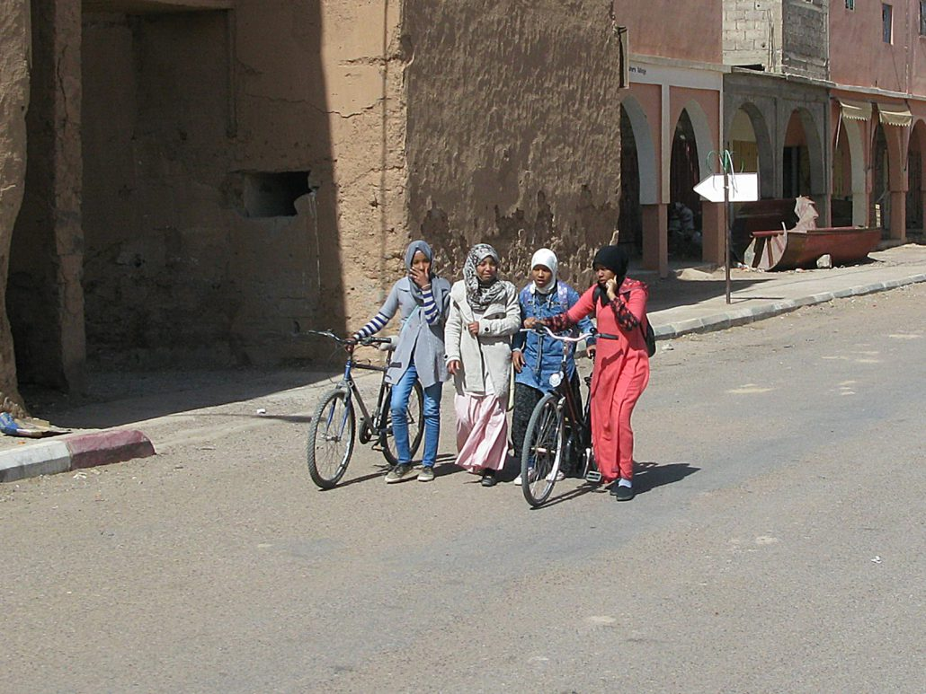 Girls in Zagora