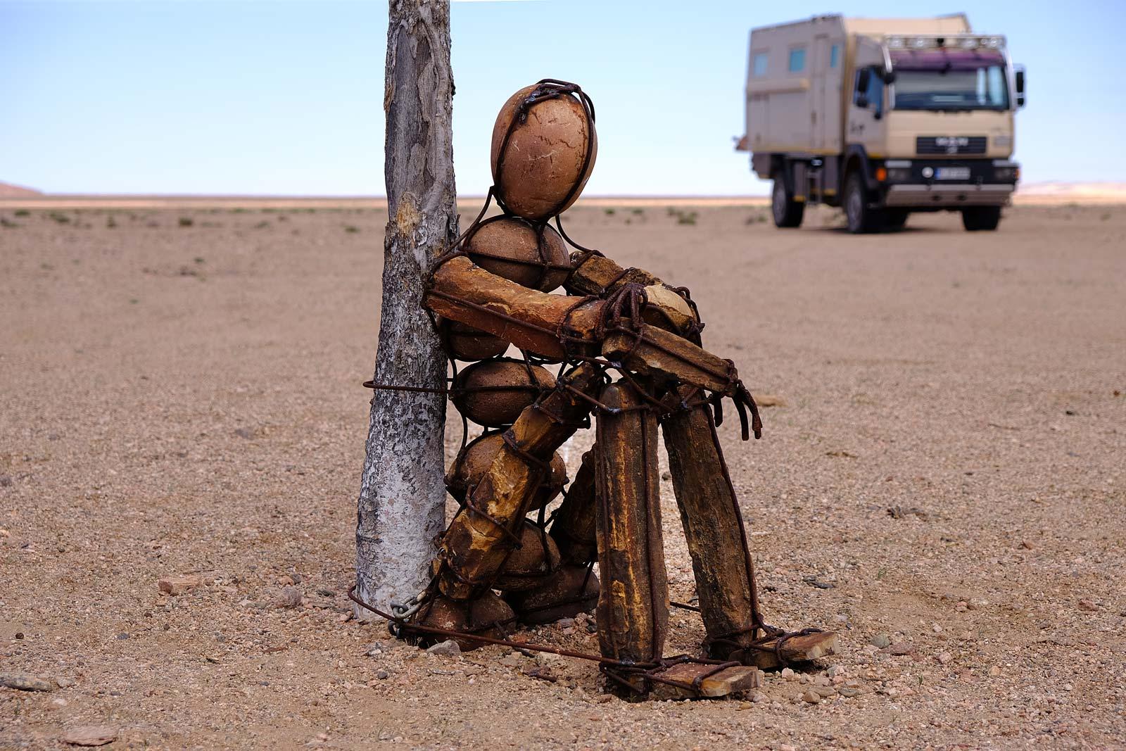 Lone Man in der Wüste