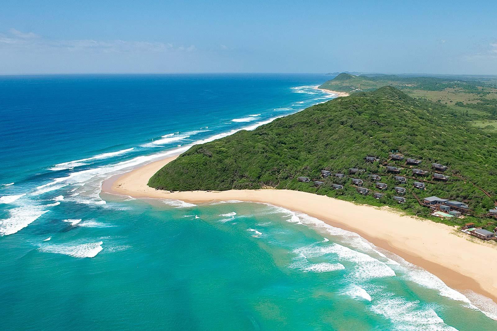 Luftaufnahme vom Strand in Ponta do Ouro